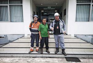 """Mathias Selg, platschef Sprängsotning, efter besöket i Indonesien: """"Det är den största pannan jag sotat."""""""